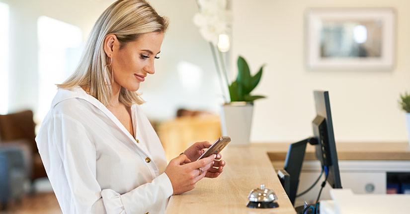 Adoria - Hôtellerie : Quels réseaux sociaux utiliser pour promouvoir son établissement hôtelier ? -...