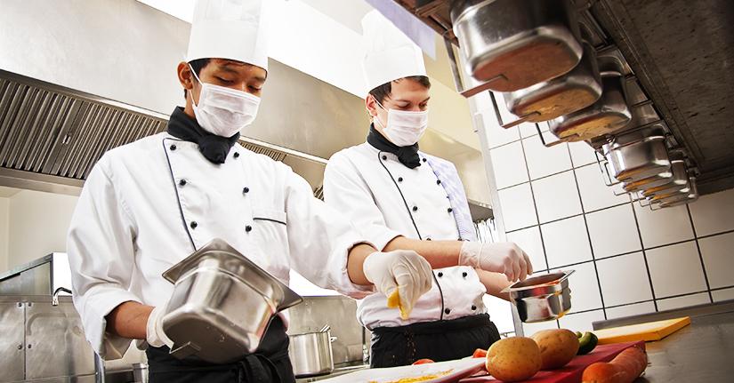 Adoria - COVID-19 - Fiche conseil pour les professionnels de la restauration collective et de la vente à...
