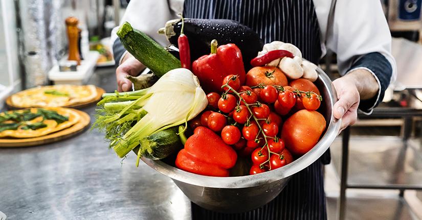 Adoria - Post-Covid : La tendance des produits frais  locaux et bio en restauration collective