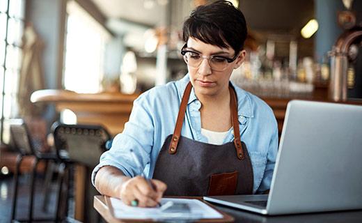 Adoria - Pourquoi utiliser un ERP pour piloter vos achats ?