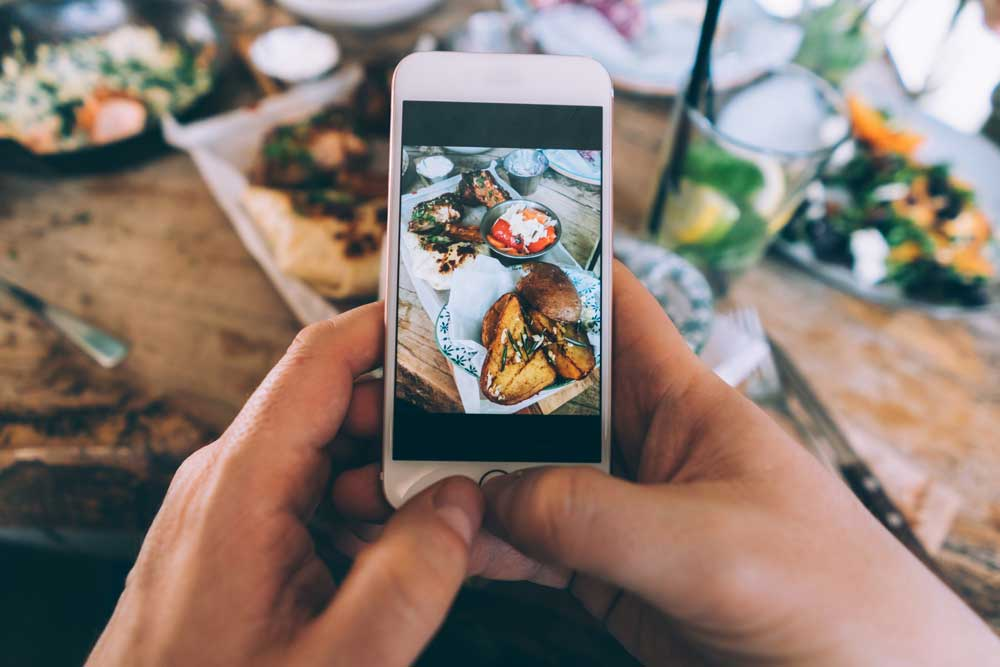 Adoria - Tissez une relation de confiance, sincère et durable avec vos clients via Instagram