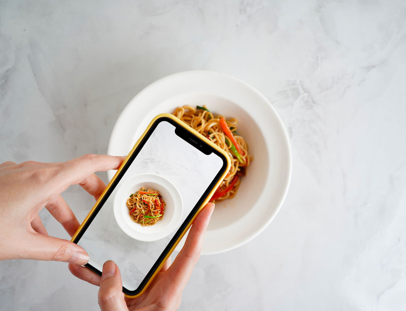 Adoria - Comment utiliser les influenceurs pour promouvoir votre restaurant ?